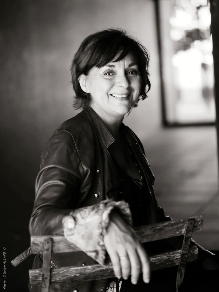 Véronique Lortal, Formatrice, Coach vocal et artiste musicienne auteur compositeur interprète